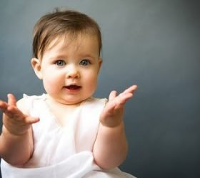 потешки, прибаутки, стихи, стихи для детей, стихи шуточные, про ручки, про ножки, про малышей, стихи смешные, стихи для малышей, прибаутки для малышей, для самых маленьких, про соску, про грызунки, про кроватку, ПараФраз детворе,Ручки, ножки, кулачки! Стихи для детского альбома http://deti.parafraz.space/про пальцы, про руки, про ноги, стихи про малышей, игры с малышами, стихи для самых маленьких, стихи, стихи для малышей, для самых маленьких, для малышей, потешки, шутки, прибаутки, дети, http://deti.parafraz.space/,